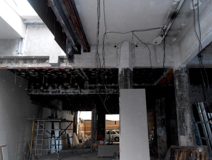 Travail de rénovation de l'électricité pour un magasin