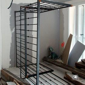 Garde-corps assemblés pour finition balcon