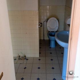 salle de bain avant le début des travaux